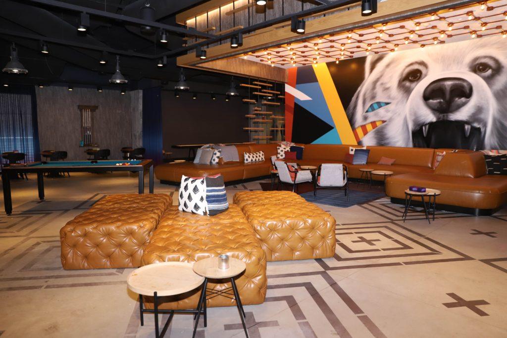atlanta-hotels-atlanta-hotels-downtown-atlanta-hotels-buckhead-atlanta-hotels-near-airport-atlanta-hotels-midtown-cheap-hotels-in-atlanta-ga-romantic-hotels-in-atlanta-hotels-in-atlanta-ga-near-airport-best-hotels-in-atlanta-eating-with-erica-atlanta-blogger Atlanta-best-hotels-moxy-atlanta-moxy-hotel-marriott-hotel-atlanta-best-deals-erica-key-atlanta-best blogger-travel-blogger