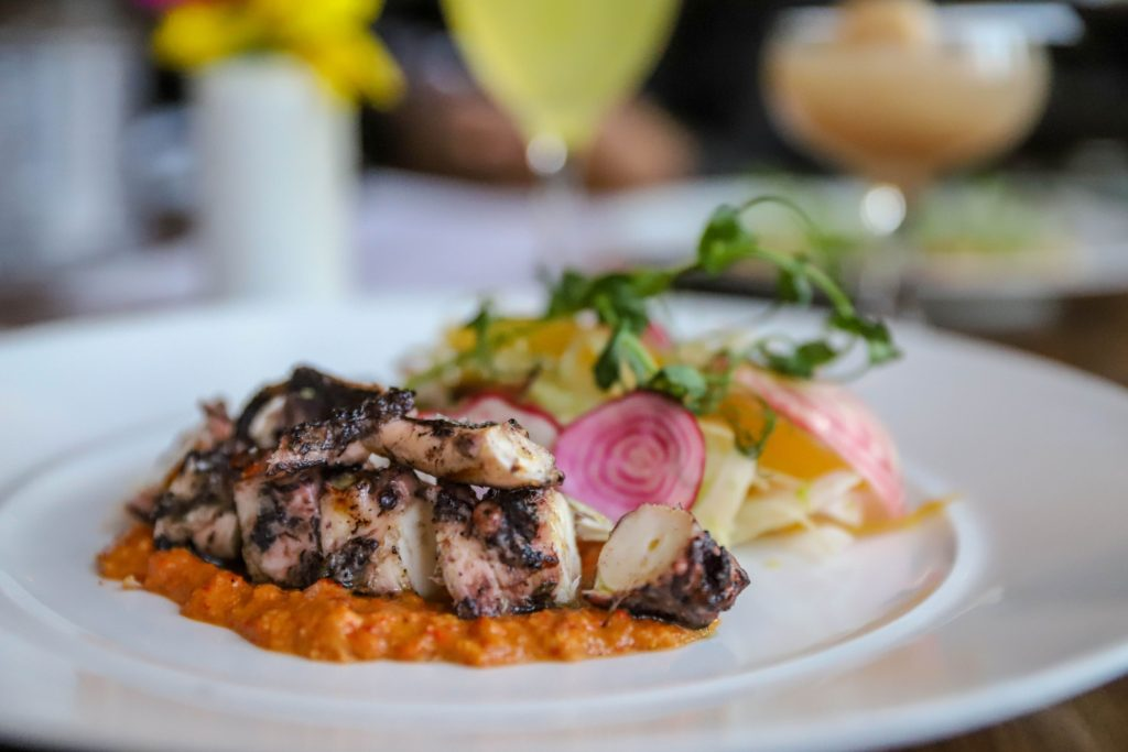 mission-+-market-menu-mission-+-market-atlanta-menu-mission-+-market-buckhead-mission-and-market-buckhead-menu-mission-and-market-brunch menu-mission-market-grab-and-go-mission-and-market-parking-mission-market-restaurant-eating-with-erica-food-blogger-atlanta-blogger-reynolds-rogers-ellie-harding-foodie-atlanta-dining-atlanta-foodie-southern-blogger-buckhead-ga-atlanta-