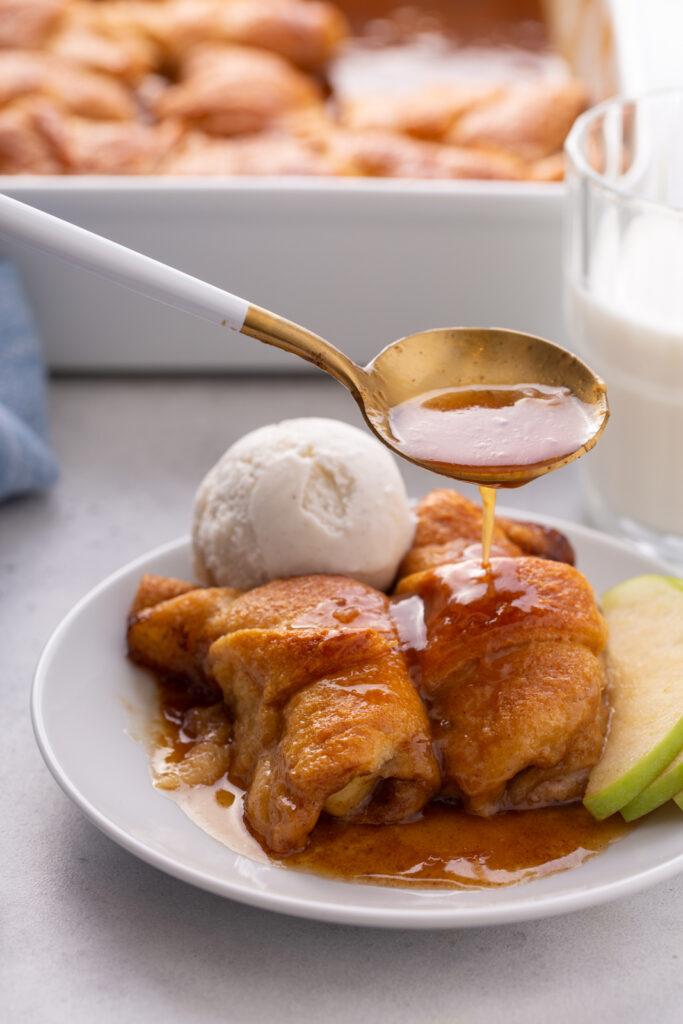 crescent-roll-apple-dumplings—no-soda-atlanta-foodie-eating-with-erica-crescent-roll-apple-dumplings-with-mountain-dew-apple-dumplings-with-crescent-rolls-and-lemon-lime-soda- atlanta-blogger-crescent -roll-apple-turnovers-apple-dumplings-recipe-easy-Eating-with-erica