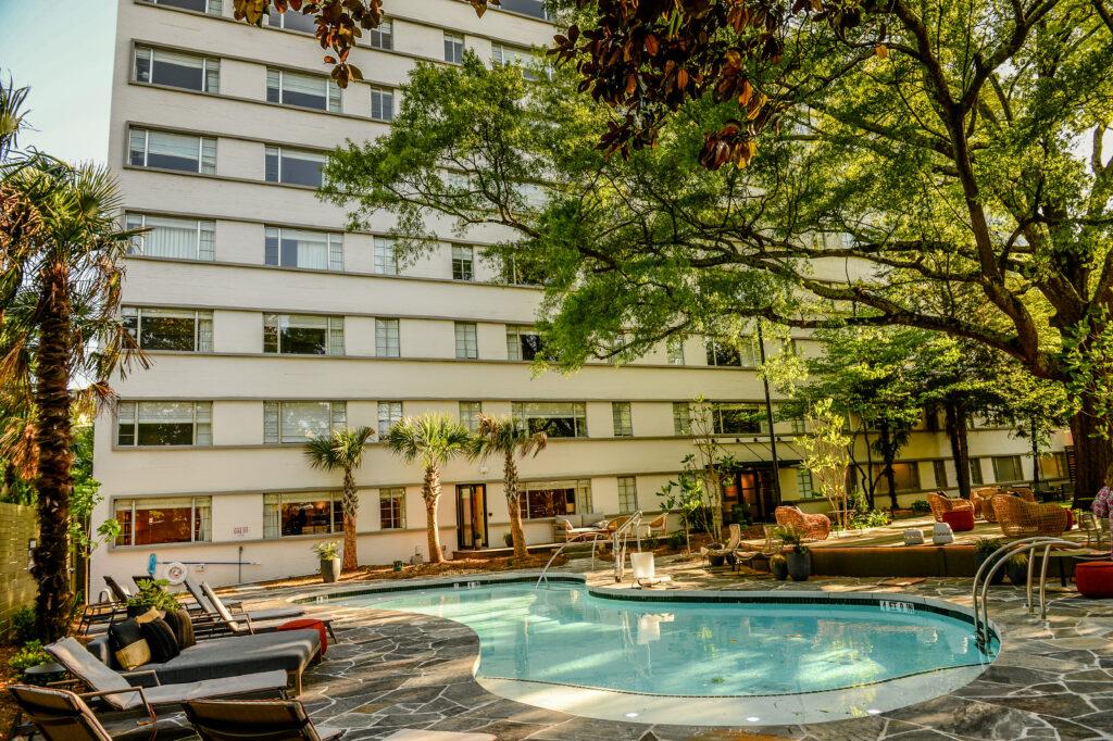 New-kimpton-hotel-atlanta-kimpton-sylvan-hotel-facebook-black-blogger-ebony-blogger-black-girl-blogger-374-east-paces-ferry-road northeast-atlanta-ga-30305-the-betty-restaurant-atlanta-resturant-atlanta-foodie-kimpton-atlanta-midtown-willow-bar-atlanta-kimpton-hotel-atlanta-restaurant-atlanta-food-blogger-tik-tok Kimpton-sylvan-atlanta-awed-by-monica-titis-passion-the-sylvan-hotel-kimpton-sylvan-hotel-buckhead-Willow-bar-atlanta-eating-with-erica-atlanta-blogger-atlanta-food-blogger-atlanta-food-influencer-Erica-key-Jezebel-Magazine-Atlanta-Top-25-Influencer-Awards-the-georgia-hemp-co-fizz-atlanta